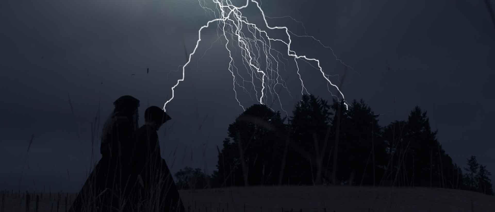 Free lightning blog banner